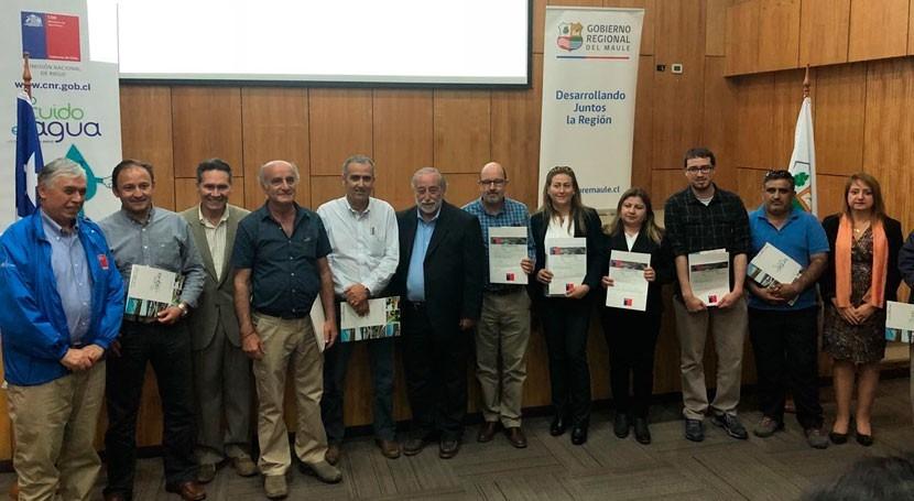 Gobierno Chile impulsa mejora sistemas riego 1.000 agricultores Maule