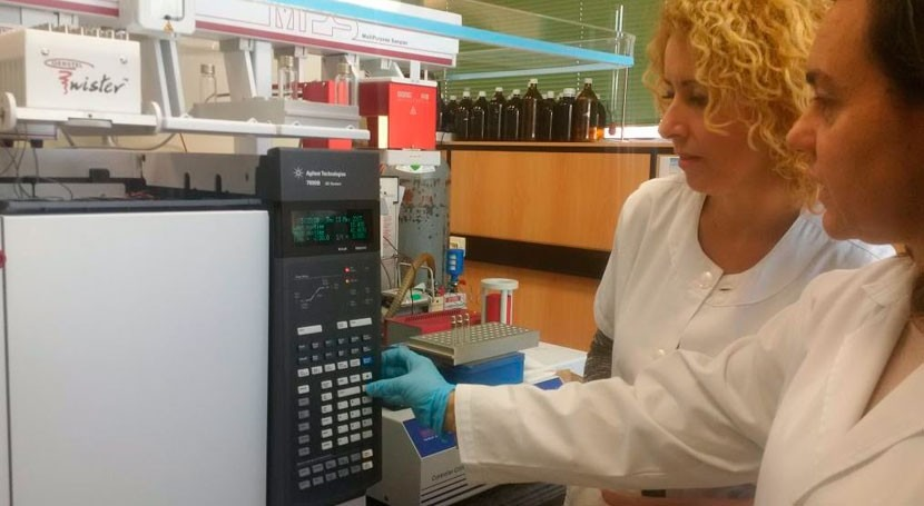 Málaga incorpora equipo que mejora detección nuevos compuestos agua
