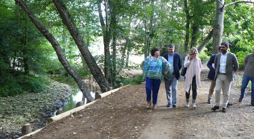 Galicia estabiliza 3 taludes Ribeira río Tállara técnicas bioingeniería