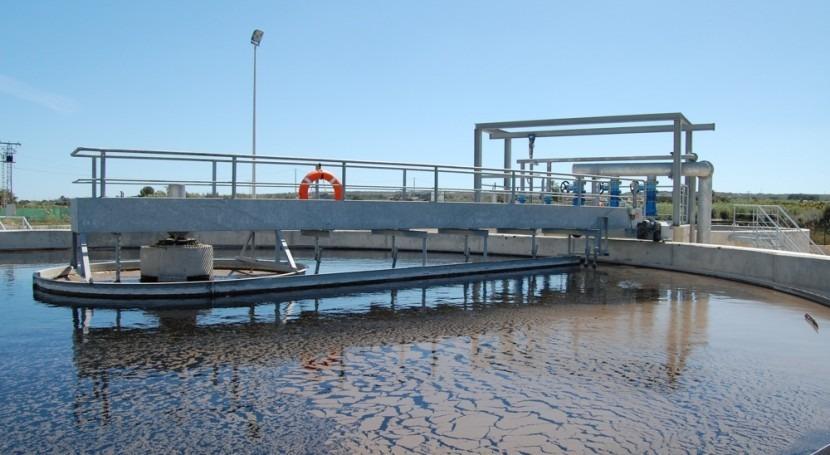 Cátedra Aquae presenta estudio infraestructuras hidráulicas urbanas España