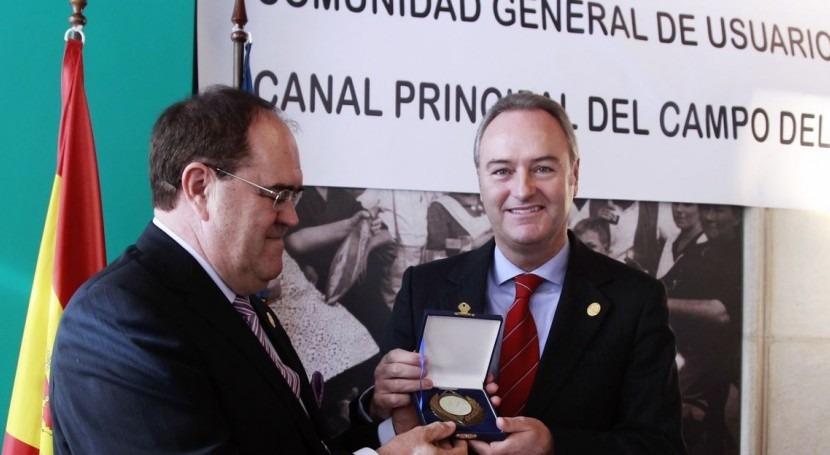 Alberto Fabra en la Comunidad de Usuarios del Canal Principal Camp del Túria