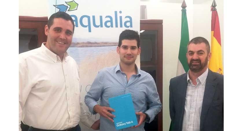 Almería, pasarse factura electrónica tiene premio Aqualia
