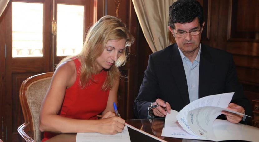 Castellón y FACSA firman convenio familias situación emergencia social