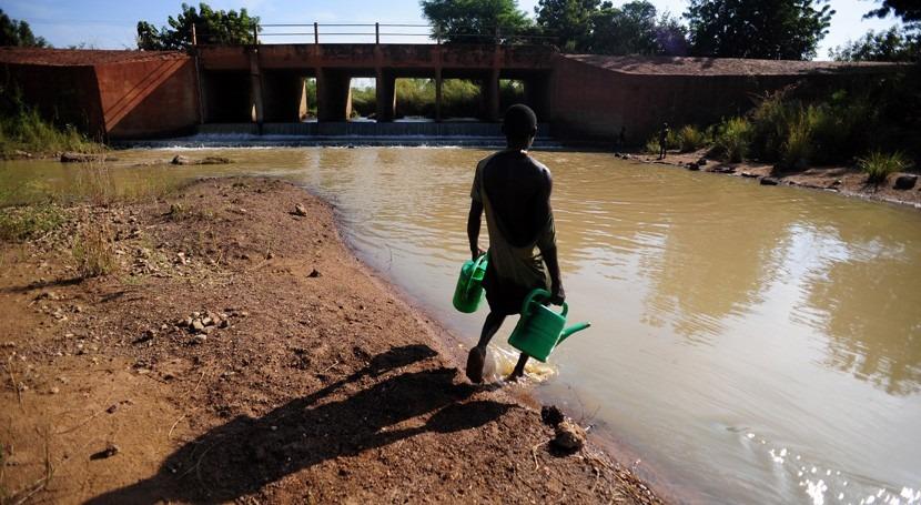 Registrados al menos cinco fallecidos causa inundaciones capital Ghana