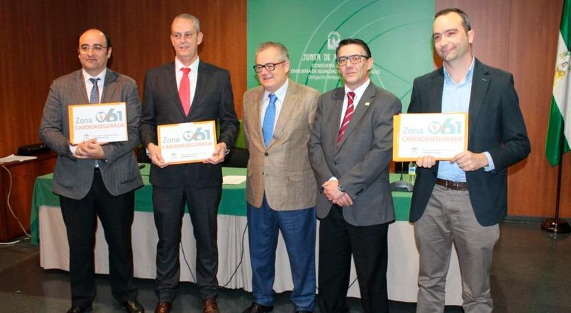 Aguas Huelva recibe distinción que acredita como zona cardioasegurada