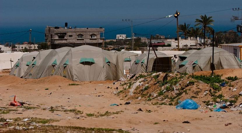 población Gaza depende agua embotellada contaminación acuíferos