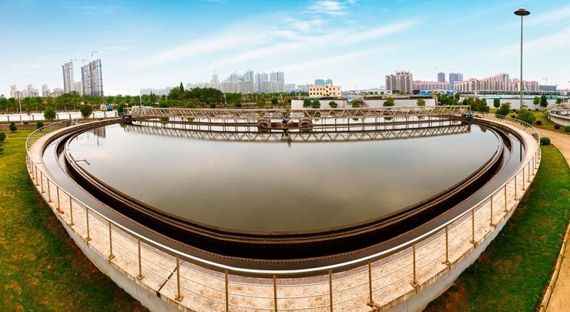 Reflexionando buena gestión empresas aguas