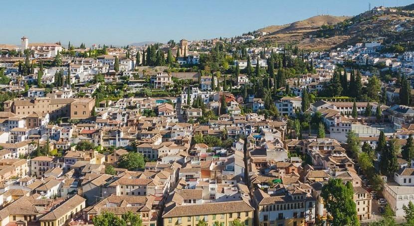 Granada (Wikipedia/CC).