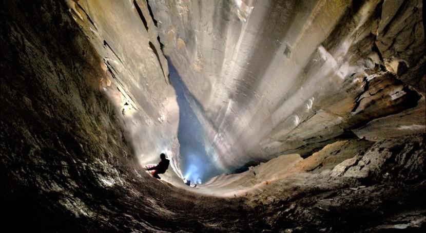 Encuentran Cantabria mayor pozo vertical España y segundo mundo