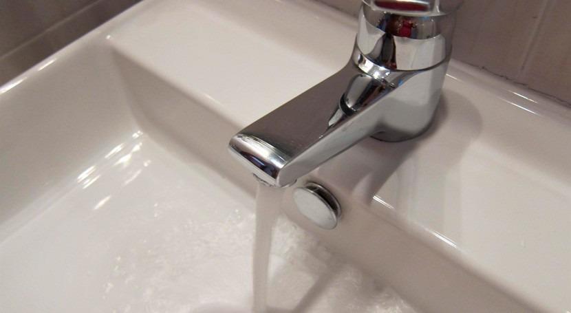 Aumentan 13% familias que se acogen tarifa social canon agua Cataluña