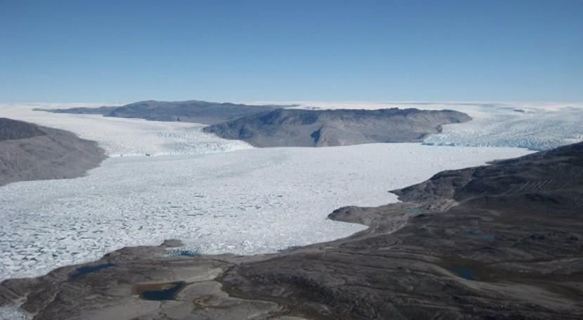"""investigación demuestra que deshielo Ártico libera contaminantes químicos """"eternos"""""""