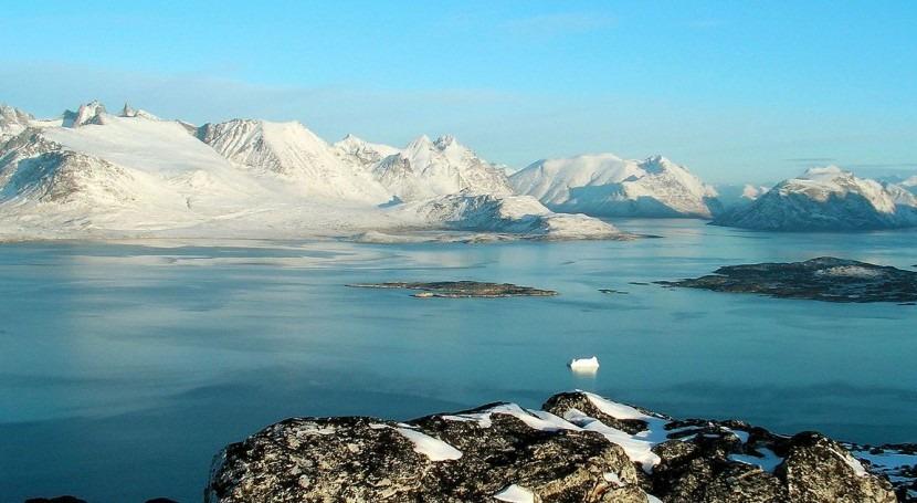 Describen sistema drenaje lago subglacial capa hielo Groenlandia