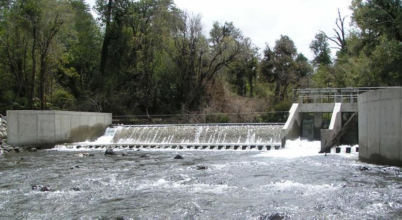 Chile busca productividad ejecución obras áreas hidroeléctrica, minera y riego