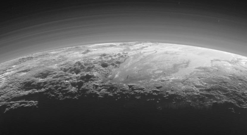 NASA detecta volcanes hielo Plutón