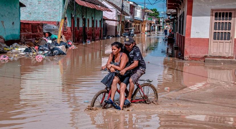 Gobierno Honduras promete construir presas salvar valle Sula huracanes