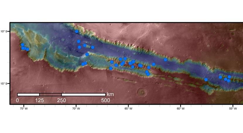 sales que absorben vapor agua podrían generar salmuera líquida Marte
