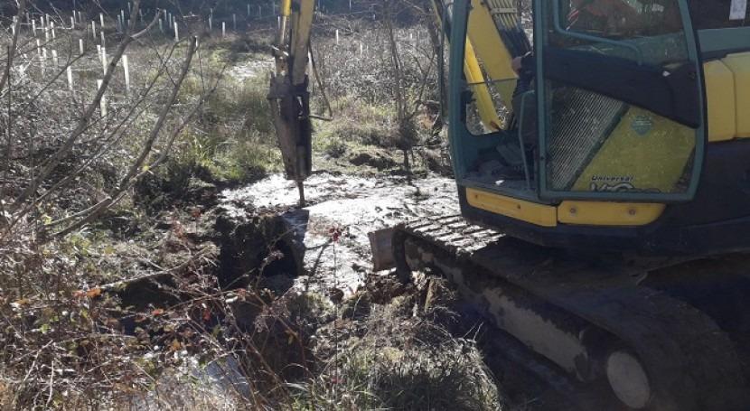 Demolición y retirada puente uso arroyo Gomeztegierreka Muxika