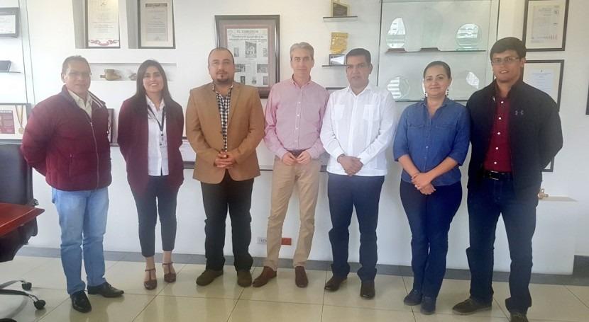 Agua Quito fortalece conocimientos empresas región