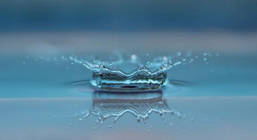 agua, puerta, pensamiento y amor