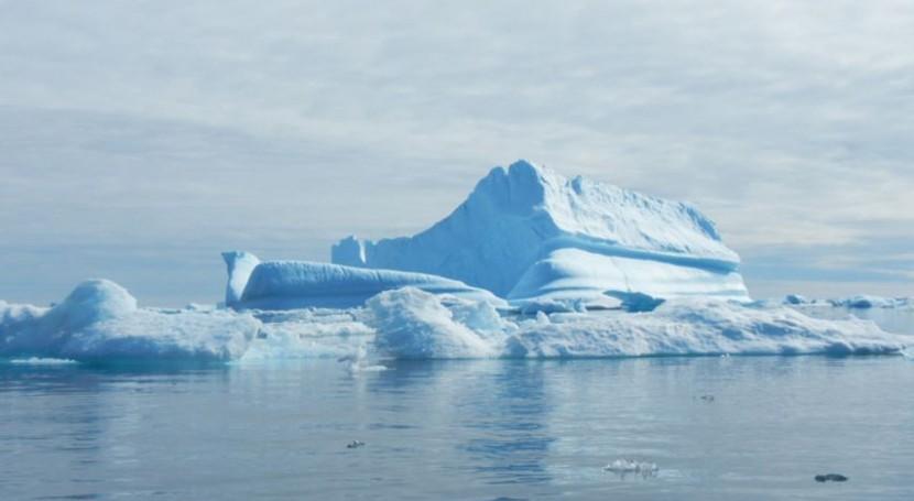 ¿Qué papel tienen icebergs gigantes eliminación CO2 atmosférico?