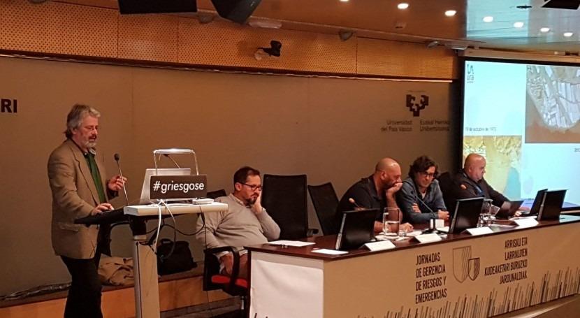 URA participa XI Jornadas Gerencia Riesgos y Emergencias