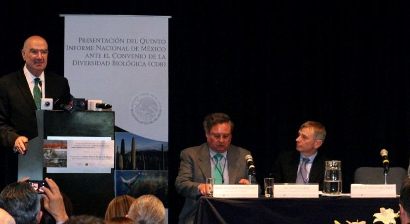 El Secretario de Medio Ambiente y Recursos Naturales, Juan José Guerra Abud