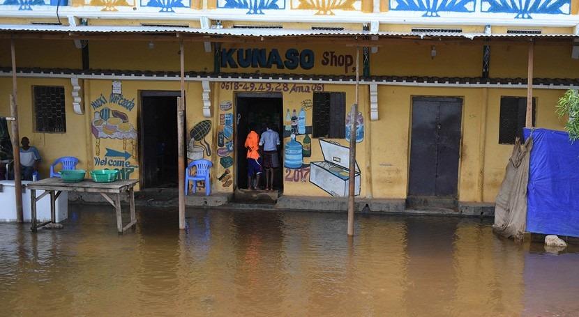catastrófica sequía, medio millón somalíes sufren inundaciones devastadoras