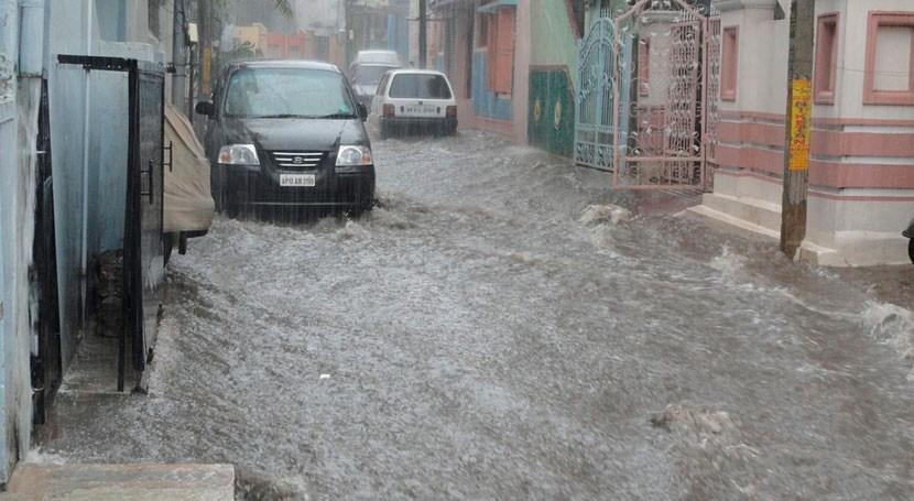 Diseñado México colector evitar inundaciones zonas urbanas