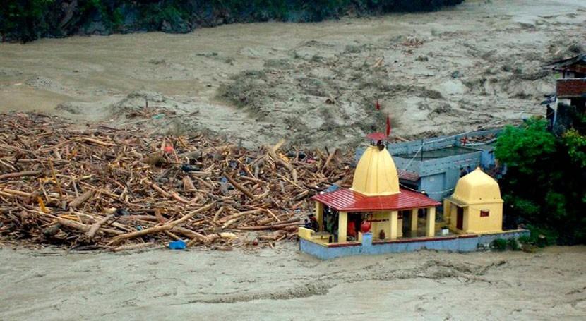 inundaciones causadas ciclón 'Titli' provocan muerte 16 personas India