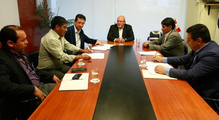 Gobierno peruano invierte mejora agua potable y alcantarillado región Cusco