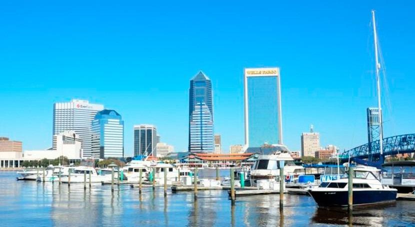 Jacksonville reemplazará tanques sépticos sistema vacío