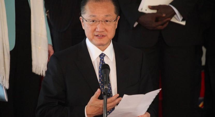 """Jim Yong Kim: """" acuerdo garantiza financiación necesaria frenar cambio climático"""""""