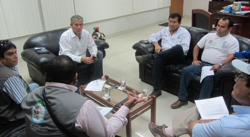 Ministerio Agricultura y Riego evalúa obras emergencia que se ejecutan Piura