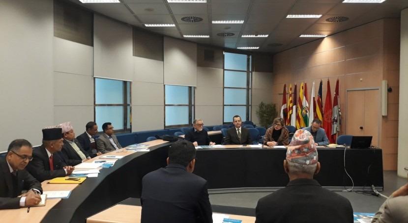 delegación oficial Gobierno y Parlamento Nepal visita CHE