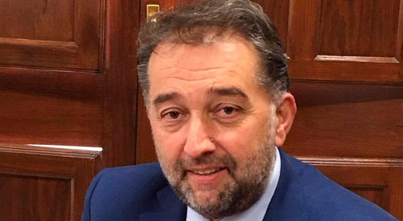 Juan Carlos Torres asume dirección Empresa Municipal Aguas Granada
