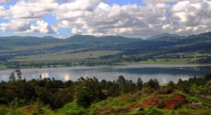 lago encantado Zirahuén