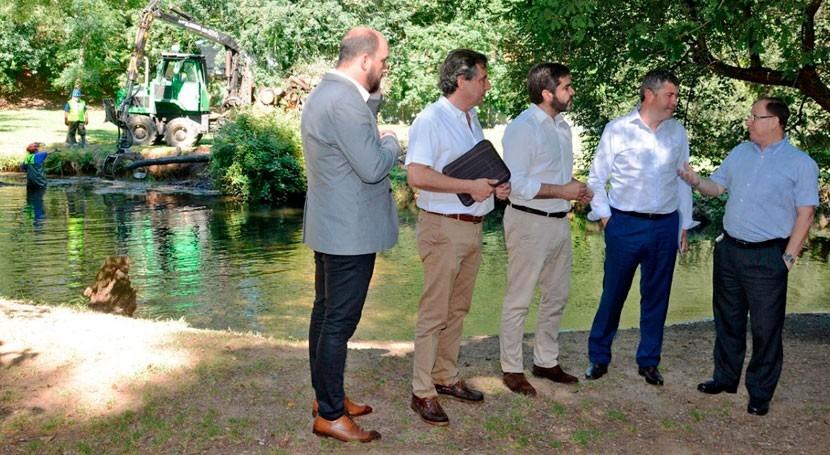 Galicia invierte millón euros mejora lechos fluviales