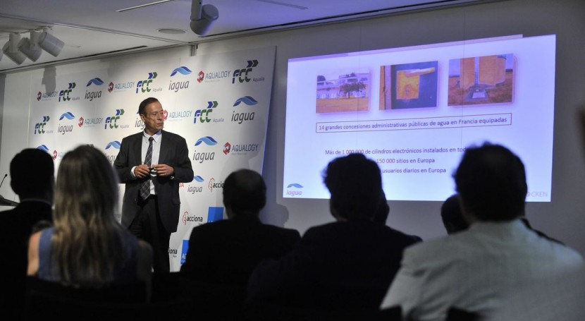 Carlos Fernández durante su intervención.