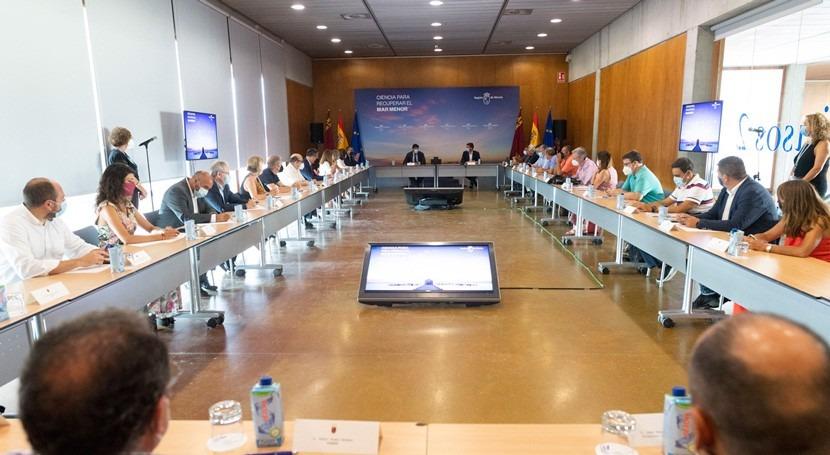 Murcia propone crear grupo trabajo científicos consensuar medidas Mar Menor