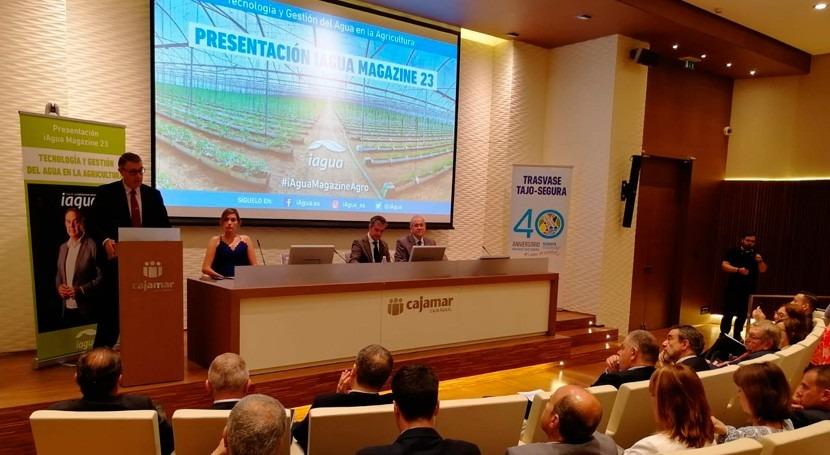presidente CHS, Mario Urrea, inaugura Murcia presentación iAgua Magazine