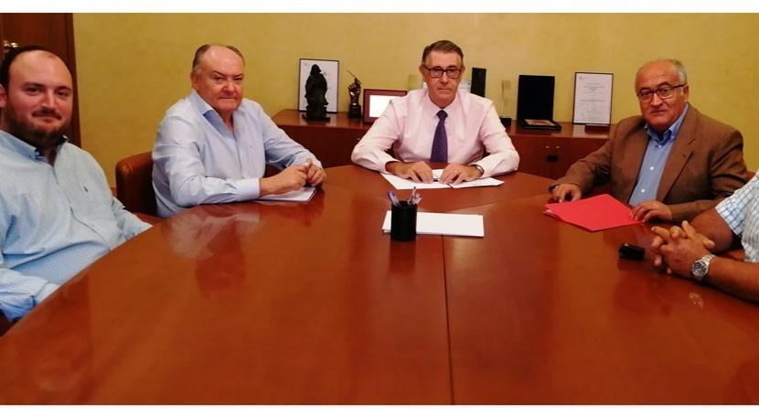 Mario Urrea atiende reivindicaciones asociación agraria COAG