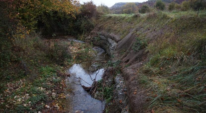 URA consolida tramo margen erosionado río Markiz, Markinez, Bernedo