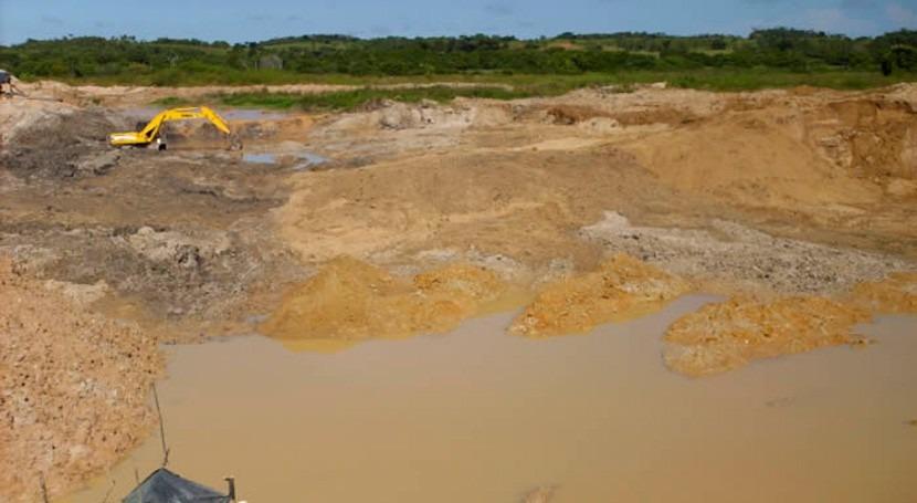 Colombia avanza recuperación áreas degradadas minería criminal Chocó