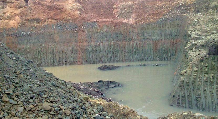 Minería ilegal Colombia: detenidos 10 posibles responsables contaminación río Quito