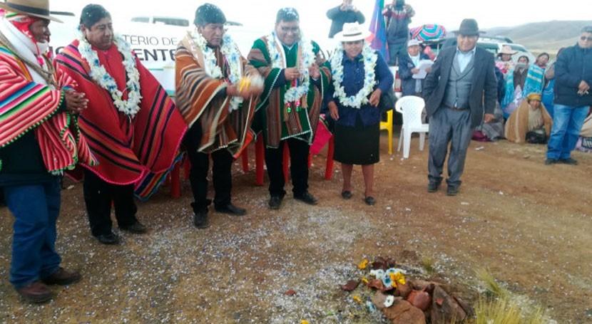 Bolivia inicia obras proyecto manejo integral microcuencas Soracachi