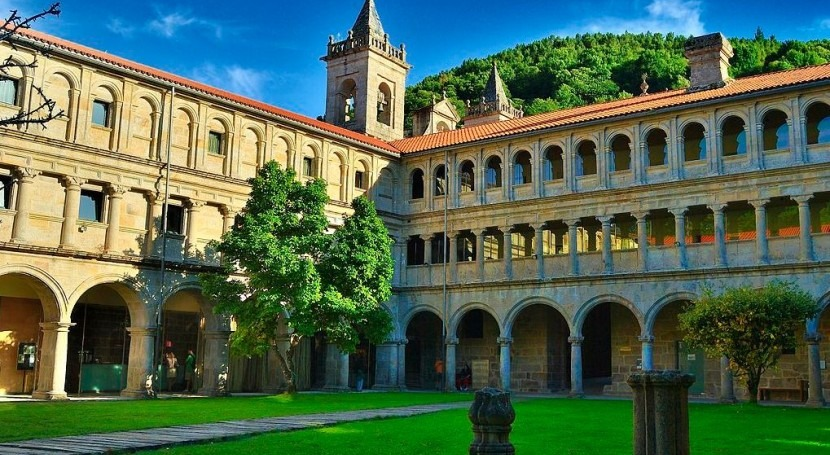 Monasterio de San Esteban (wikipedia/CC; Autor: Armando González)