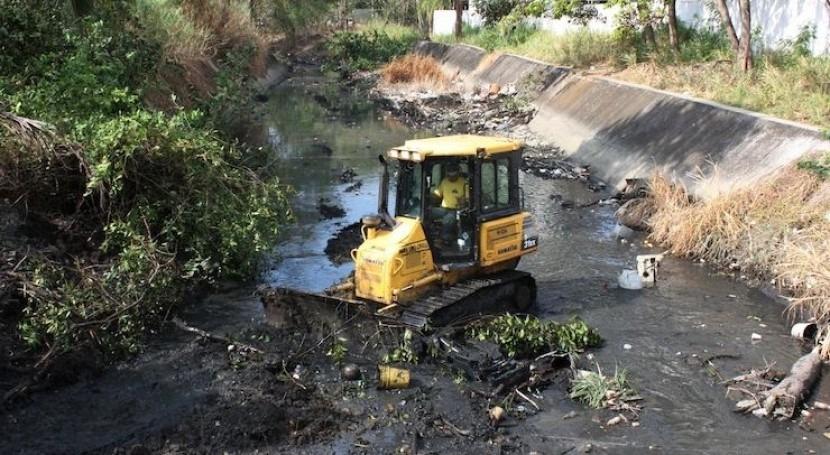 Ministerio Obras Públicas establece programa integral dragados ríos y quebradas