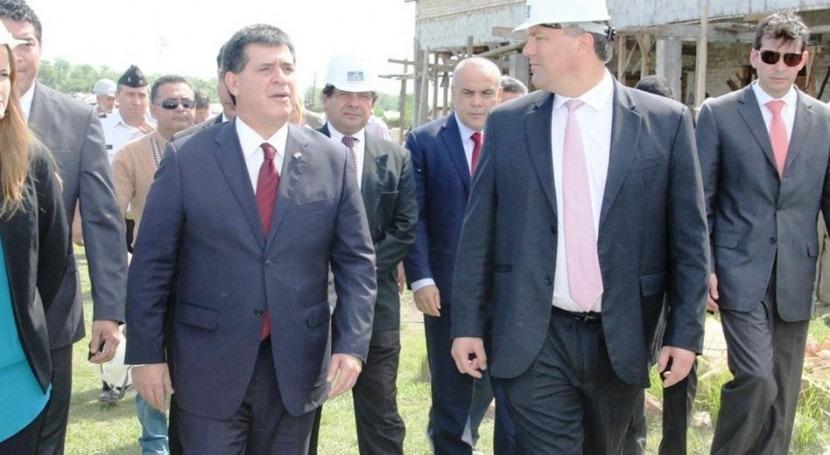 MOPC comienza construcción alcantarillado y sistema agua 240 familias Villas Hayes
