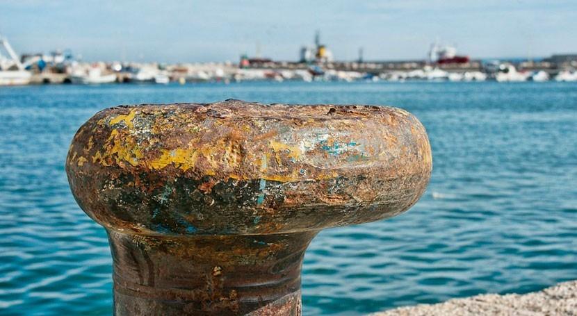 Ecologistas advierte posibles vertidos hidrocarburos puerto Motril