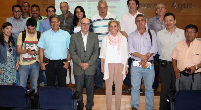 delegación colombiana conoce técnicas optimizadas riego Murcia